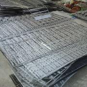 戴南厂家回收304材质的边角料,钢渣等