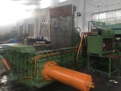 出售:江阴250吨打包机