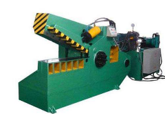 出售:华宏250吨1.2米鳄鱼剪切机