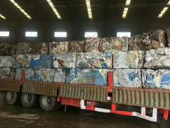 大量回收炉料、车架、彩钢瓦、轻钢龙骨