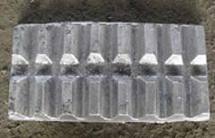 我司大量生产铝钛中间合金
