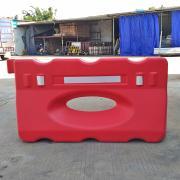 厂家生产1250*650吹塑单孔小水马道路防撞围栏