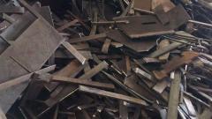 钢板下脚料/(A3板2000吨)长期大量现金收购(6到25厚)钢筋切头,欢迎中介,茶水丰厚,期待与您合作