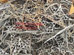 常年出售优质废钢