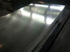 包钢镀锌头尾开平板   规格:0.6――1.5    电话:15103164152