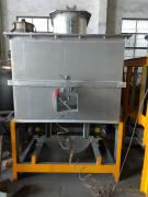 出售:1吨中频带液压倾倒双熔沟电炉 两台500公斤单熔沟带液压倾倒电炉