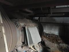 出售:利民破碎机 行车 装载机 鳄鱼剪 电磁吸盘 航车专用抓机