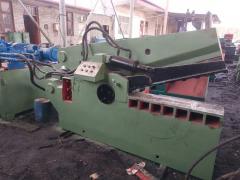 200吨1米华宏金属剪切机出售