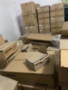供应:库存LED灯具按吨出售